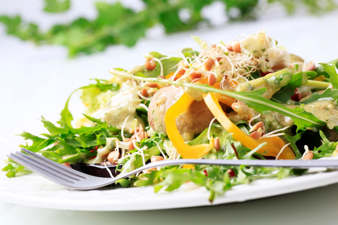 Salad-14782036Medium